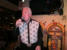 Ricky Valance on stage at a Jukebox Promotions show in 2011