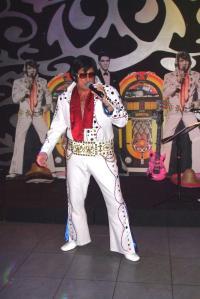 Pure Elvis - Elvis 2000