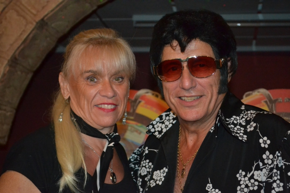 Elvis 2000 with Fiona McLean 1