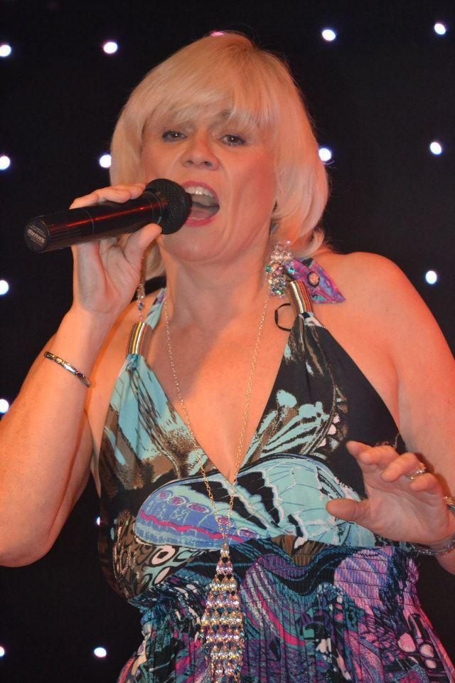 Fiona McLean sings Swing